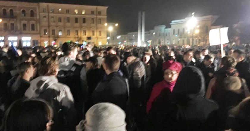 3000 de clujeni au iesit in strada