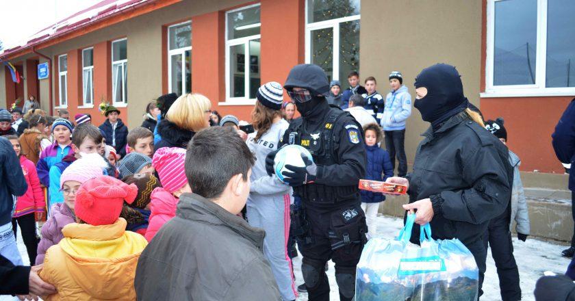 actiuni caritabile politisti cluj