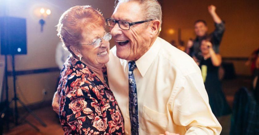 FSPAC organizează cursuri gratuite de dans pentru vârstnicii din Cluj
