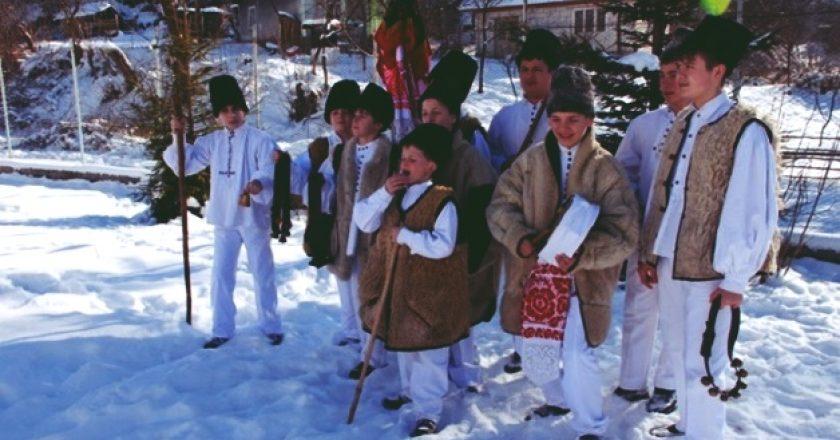 Cum se colindă în satele de lângă Cluj-Napoca