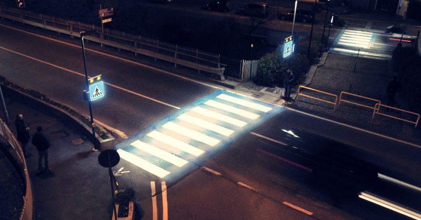 treceri de pietoni iluminate
