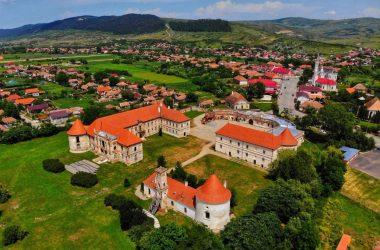 Cum este construită lumea Electric Castle Festival