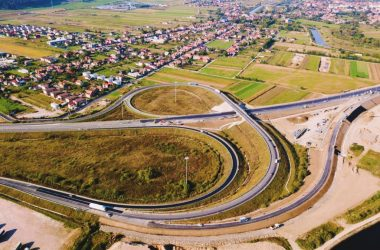 La sfârşitul lunii vom putea circula pe autostrada nouă de lângă Cluj! Lucrările la viaductul Gilău sunt aproape gata