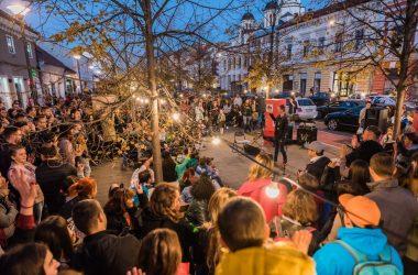Jazz in The Street | Bulevardul Eroilor din Cluj a fost animat timp de 6 ore de muzică, dans, jonglerii şi magie