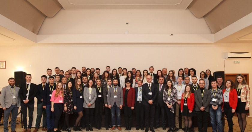 40 de studenţi ai UTCN au obţinut burse private de studii în cadrul programului internațional Roberto Rocca Education Program