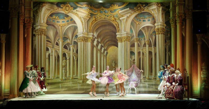 """Cum a fost la spectacolul """"Frumoasa din Pădurea Adormită"""" oferit de Baletul pe Gheaţă din Sankt Petersburg"""