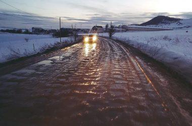 Principala rută turistică a Clujului este înecată în noro
