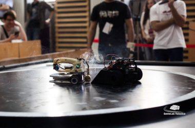 BattleLab Robotica la Cluj - concurs internaţional de sumo-roboți