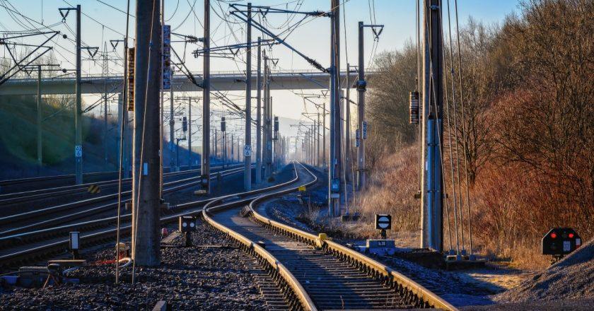 """Cale ferată de """"mare viteză"""" intre Cluj şi Oradea"""