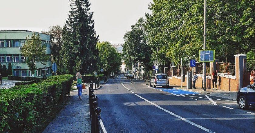 Strada Republicii din Cluj va fi modernizată | Banda folosită pentru parcări va dispărea