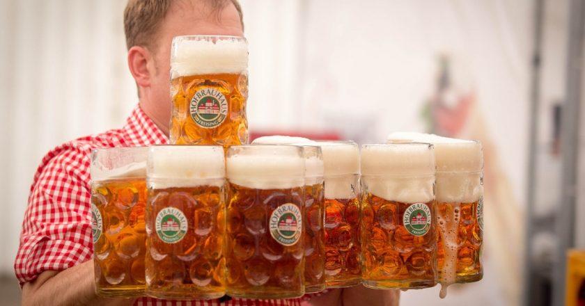 Mergi la vot? Două localuri din Cluj te vor răsplăti cu bere sau cafea