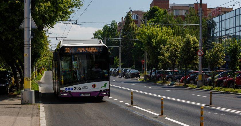 Cum au reuşit autorităţile din Cluj să înjumătăţească timpul petrecut în trafic pe un bulevard intens circulat