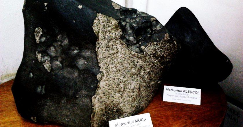 Cel mai mare meteorit căzut în România - cel de la Mociu din judeţul Cluj - a avut o greutate de 30 de tone