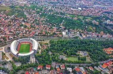 Un parlamentar cere ca avioanele să nu mai zboare peste oraşul Cluj-Napoca