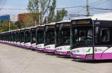 20 de noi autobuze electrice au fost puse în circulaţie astăzi pe străzile din Cluj-Napoca