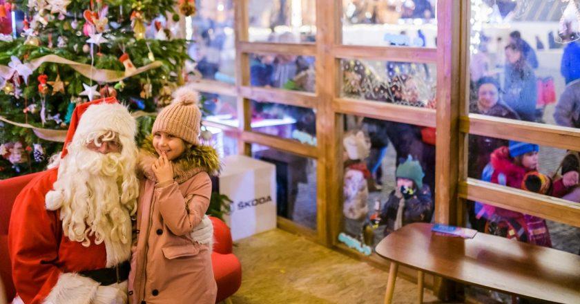 Moş Crăciun vine la Târgul de Crăciun din Cluj-Napoca