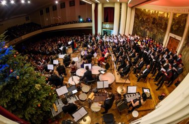 Concert caritabil de colinde românești la Cluj-Napoca