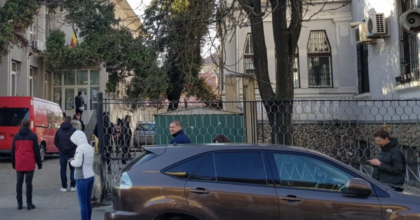 Clujenii stau la coadă pentru a dona sânge
