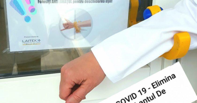 Clanțe anti COVID-19 la Cluj | Cum se deschid ușile spitalelor pentru a preveni infectarea