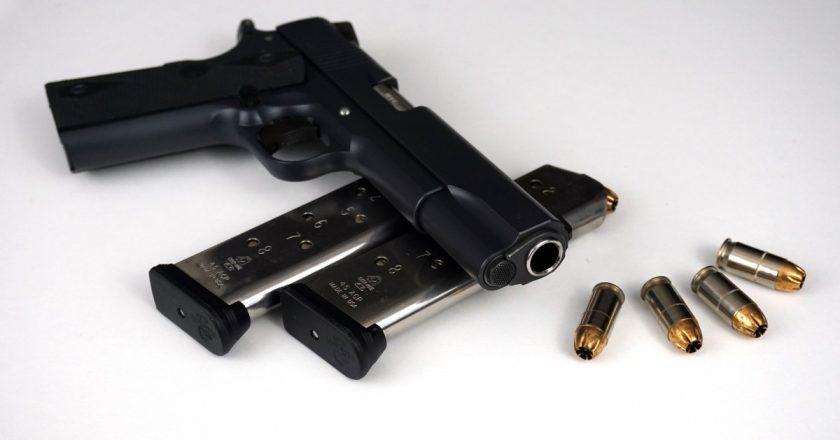 Ce trebuie să ştii dacă vrei să îţi cumperi o armă