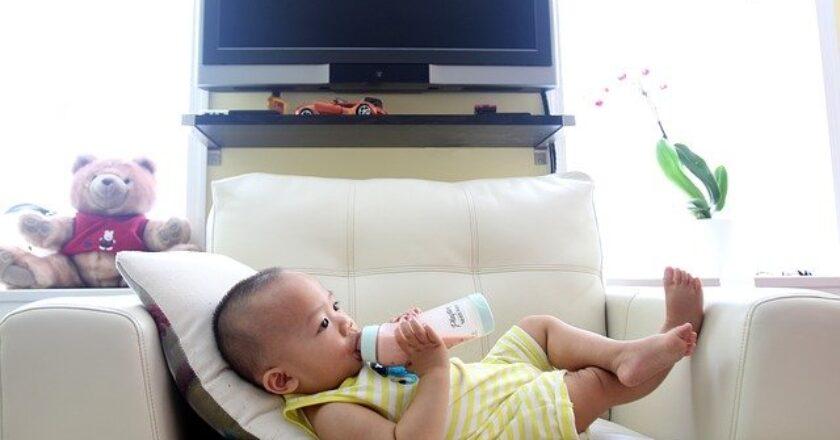 Ce trebuie să știi despre formulele de lapte praf pentru sugari