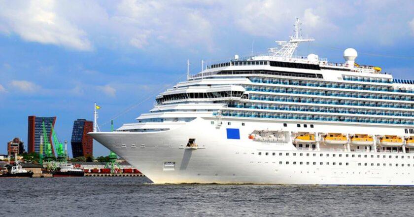 De ce aleg turiștii croaziere in locul vacanțelor pe uscat?