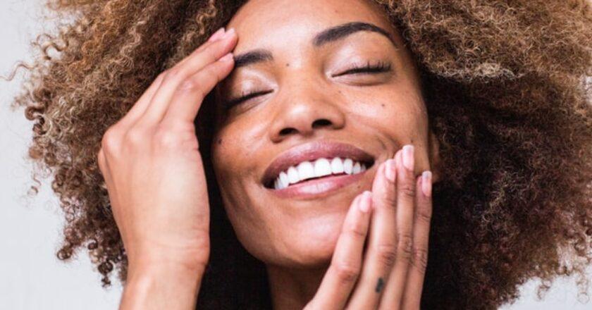 Cum alegi o cremă antirid bună pentru îngrijrea tenului tău?