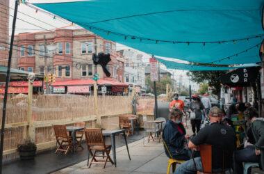 Parcări transformate în terase la Cluj-Napoca