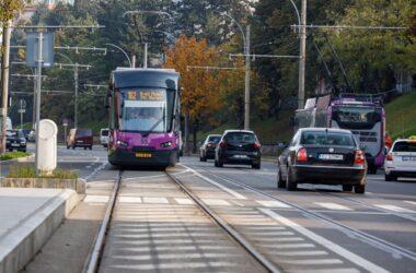 Mai multe tramvaie au intrat astăzi în circulație în Cluj-Napoca