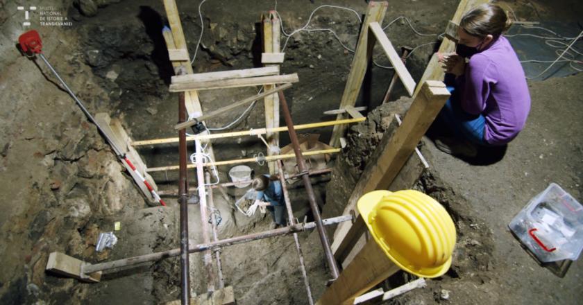 Descoperire arheologică importantă în centrul Clujului: mormânt vechi de 7000 de ani