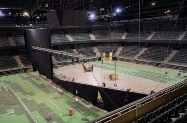 Două terenuri amenajate în Sala Polivalentă din Cluj pentru turneul de tenis Transylvania Open